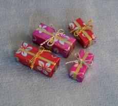 4 Geschenke / 4 Presents