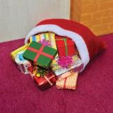 Sack mit Weihnachtsgeschenken / Sack with Christmas Presents