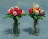 Tulpen in Glasvase Tulips in Glass Vase