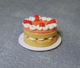 Erdbeer-Creme-Kuchen Strawberry Slice Cake