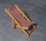 roter Liegestuhl Red Deckchair