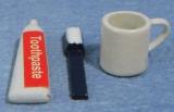 Zahnbürste, Pasta, Becher Toothbrush, Paste & Mug Set